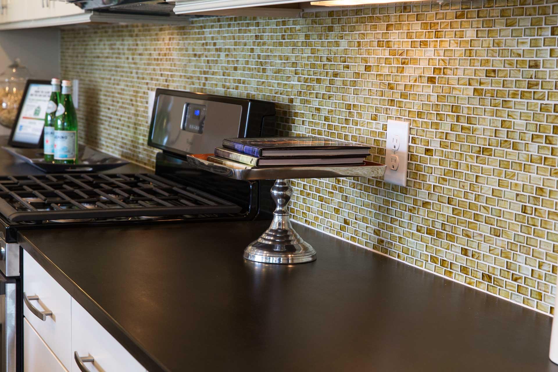 Kitchen Backsplash Installation